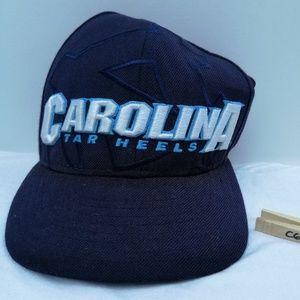 NEW ERA UNC TARHEELS FITTED CAP